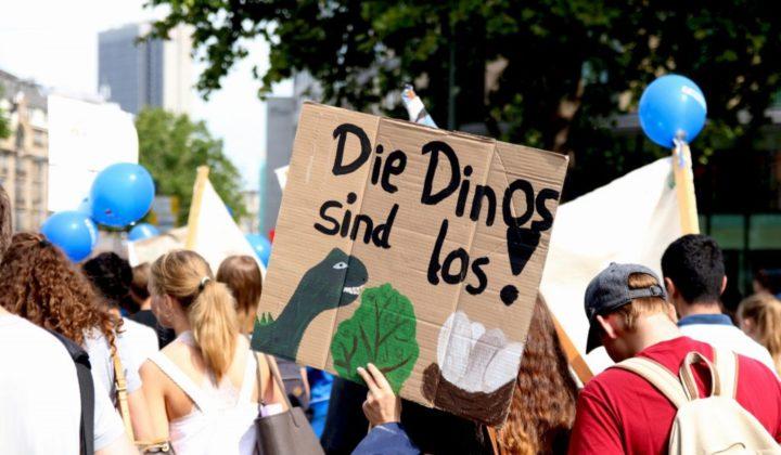Dino Parade Schillerschule_klein