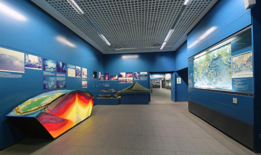 Bewegte Erde Ausstellung